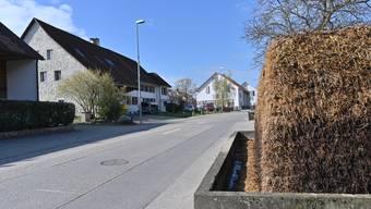 Der Kanton will die Dorfstrasse in den Jahren 2020 bis 2022 sanieren.