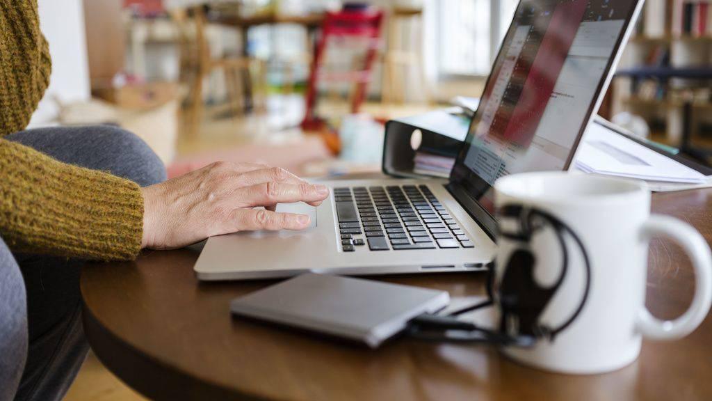 Trotz Homeoffice-Pflicht: Viele Leute arbeiten noch im Büro