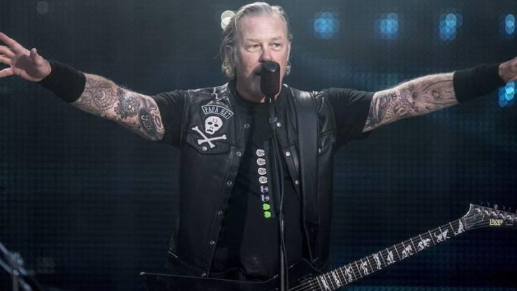 Die Band Metallica um den Gitarristen und Sänger James Hetfield will den Opfern der verheerenden Buschbrände in Australien 750'000 Dollar zukommen lassen. (Archiv)