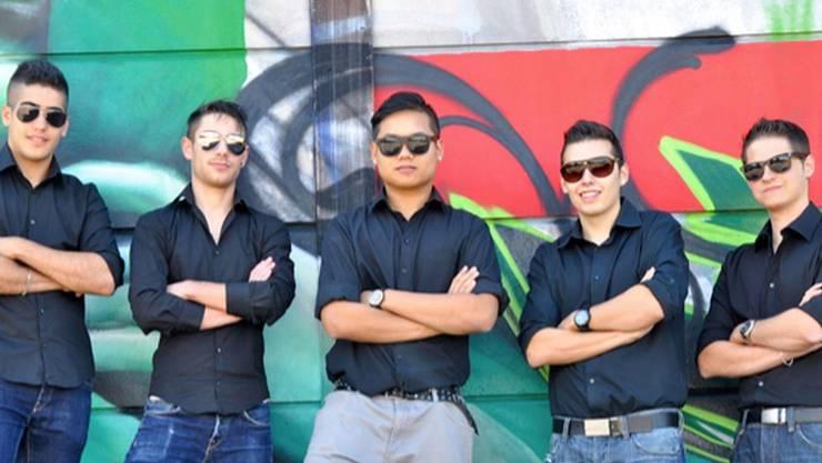 Die Band setzt sich aus zwei Gründungs- und drei neuen Mitgliedern zusammen. zvg