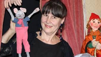 An der Eröffnungsfeier können die Besucher ein kleines «Puppenmuseum» in Schmuckis Stube ansehen. gep
