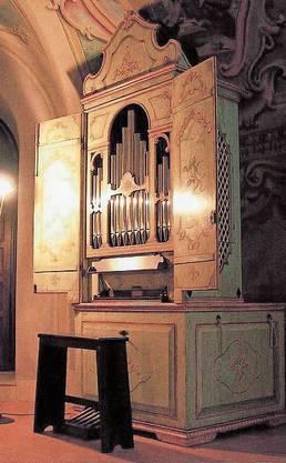 Die Orgel an ihrem früheren Standort in der reformierten Kirche Oberstrass in Zürich.