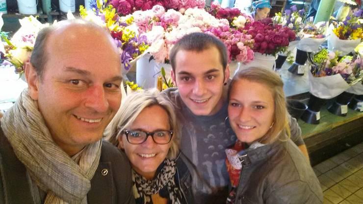 Familie Konrad aus Besenbüren – hier in Seattle am Pike Place Market.