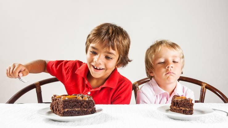 Wird der Kuchen in der Schweiz bald neu verteilt? Die Jungsozialisten haben mit der Reichensteuer in Basel am Wochenende einen ersten grossen Erfolg gefeiert, weitere könnten folgen.