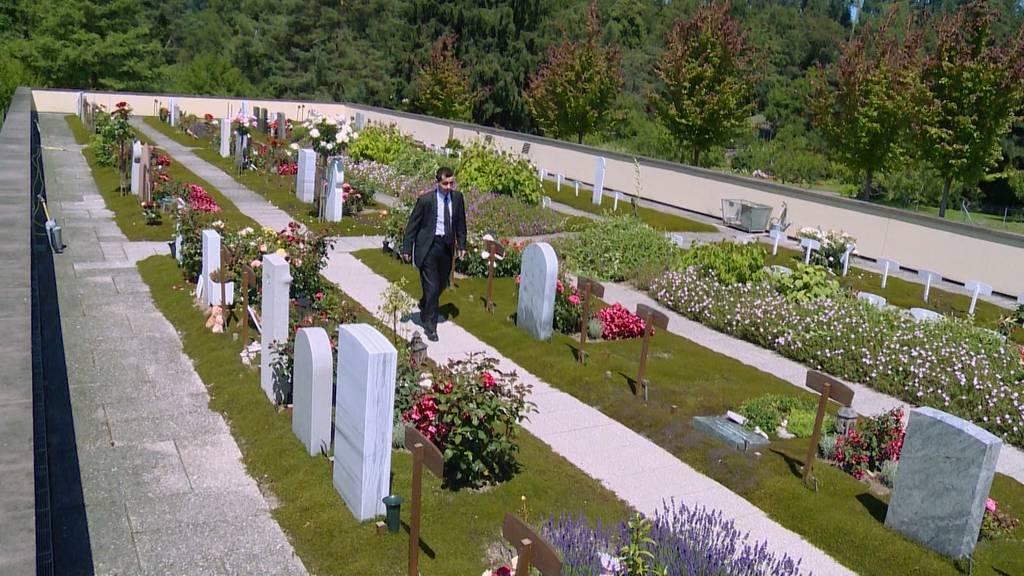 Treffpunkt Friedhof: Individuelles und Traditionelles bei der Bestattung