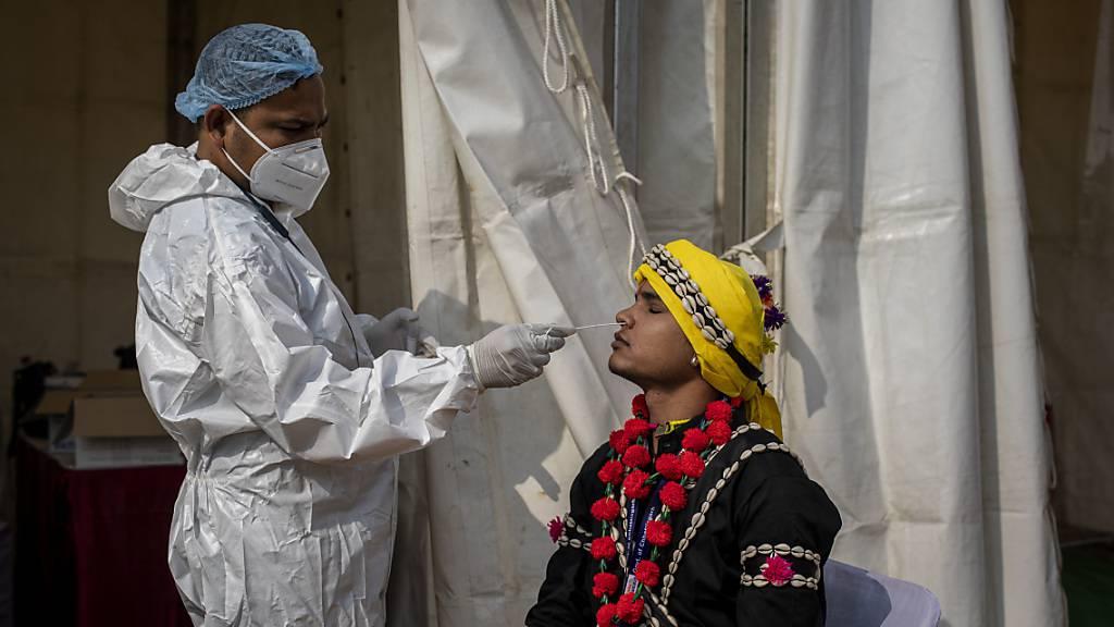Weltweit bereits mehr als 100 Millionen bestätigte Corona-Infektionen