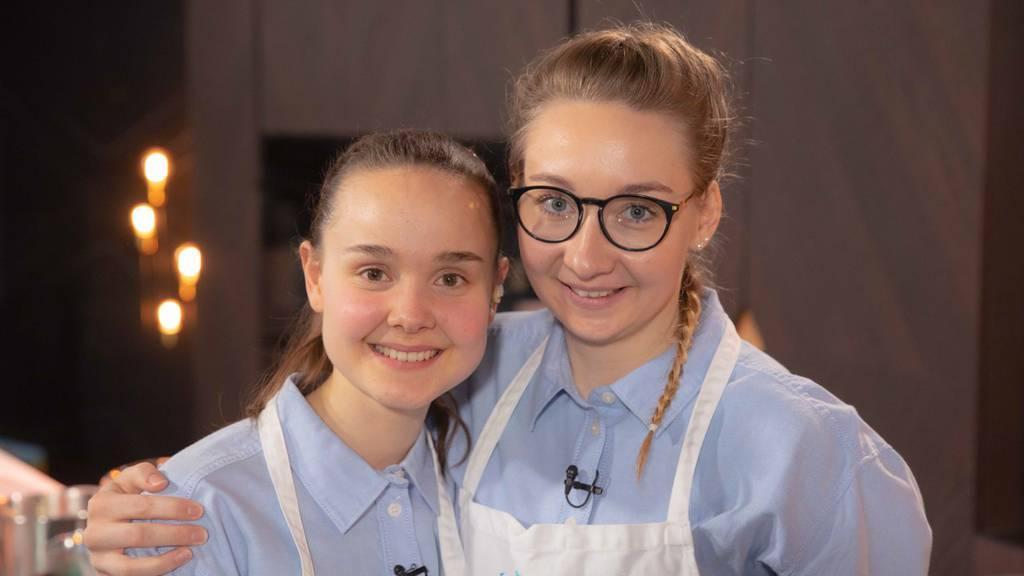 Ladina Hug (23) und Ronja Stampa (21)