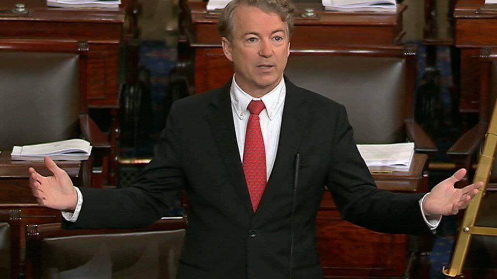 Der Republikaner Rand Paul verhindert mit langen Redebeiträgen die Abstimmung über ein Budget im US-Senat und riskiert damit einen weiteren Shutdown.