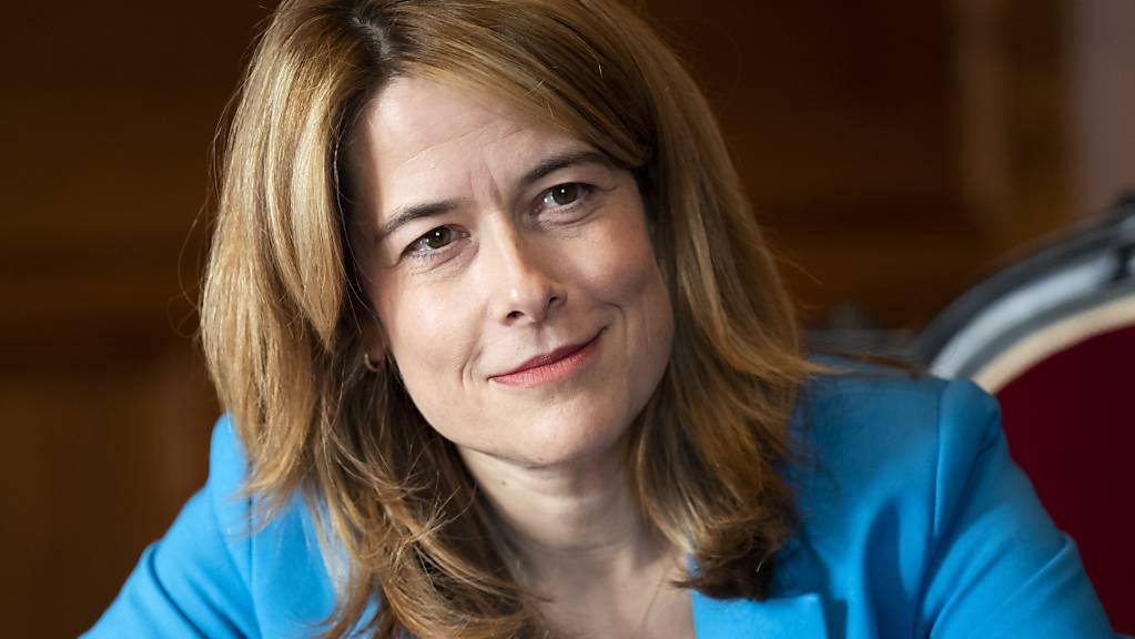Leitet die Delegiertenversammlung in Martigny: FDP-Präsidentin Petra Gössi, die auf den 2. Oktober hin von ihrem Parteiamt zurücktritt. (Archivbild)