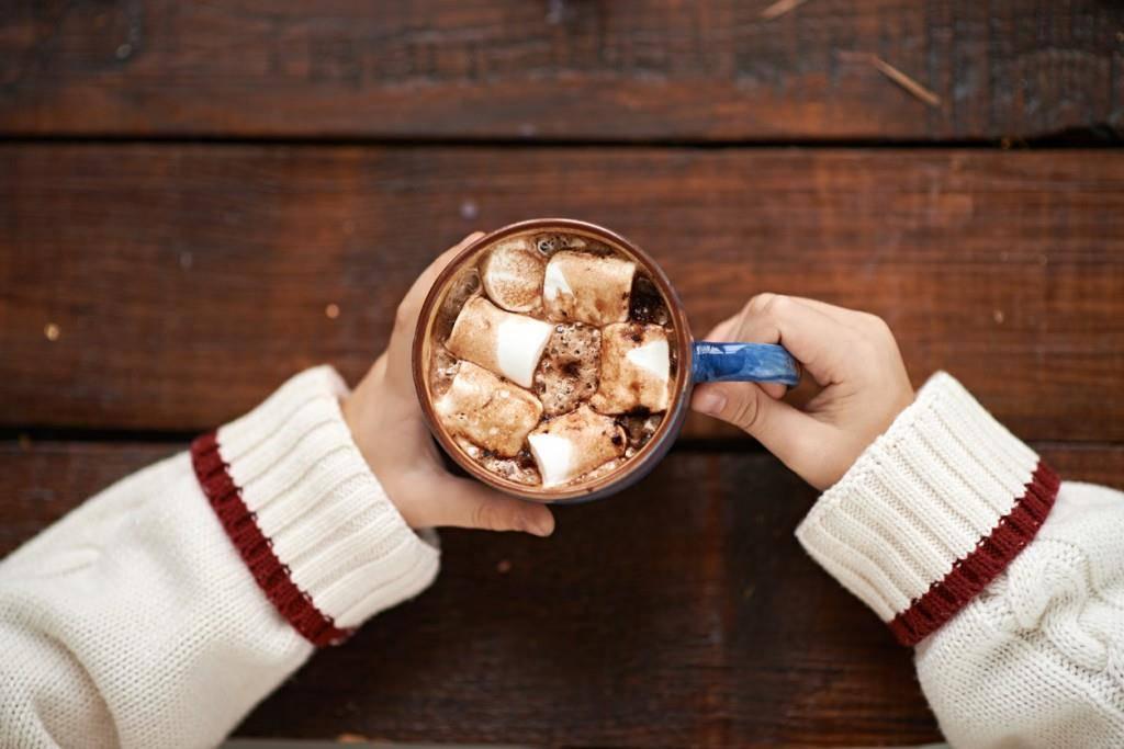 Heisser Kakao mit Marshmallows (© iStock)