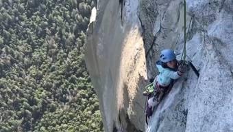 Thumb for '10-Jährige klettert auf einen der anspruchsvollsten Berge Amerikas'