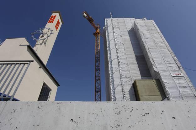 Im April 2011 begann der Abriss des Hochhauses