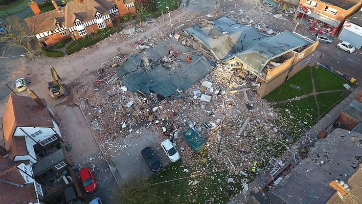 Der durch die Explosion zerstörte Gebäudekomplex in Wirral bei Liverpool.