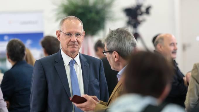 FDP-Präsident Stefan Nünlist im Gespräch mit SP-Ständerat Roberto Zanetti.