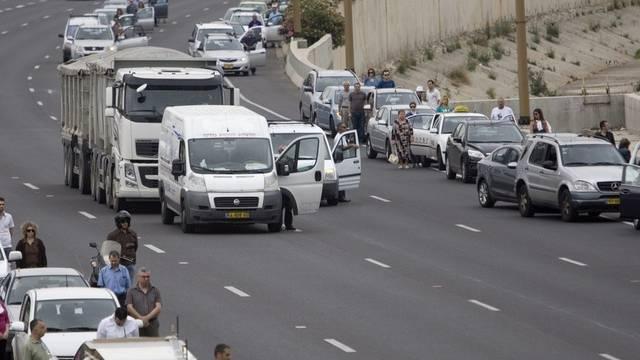 Zwei Minuten Stillstand auch auf den Strassen - hier in Tel Aviv