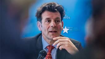 Der Schweizer Chefverhandler Roberto Balzaretti soll erklären, wie sich die Schweiz beim Streit um die Flankierenden Massnahmen bewegen wird.
