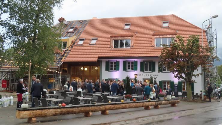 Eröffnung Restaurant Fischerstube in Altreu: Alle am Bau Beteiligten wurden zu einer Eröffnungsfeier eingeladen.