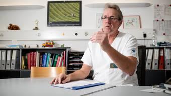 Markus Wopmann war bis zu seiner Pensionierung letztes Jahr Chefarzt der Kinderklinik des Kantonsspitals Baden. Nun leitet er das KSB-Impfzentrum.