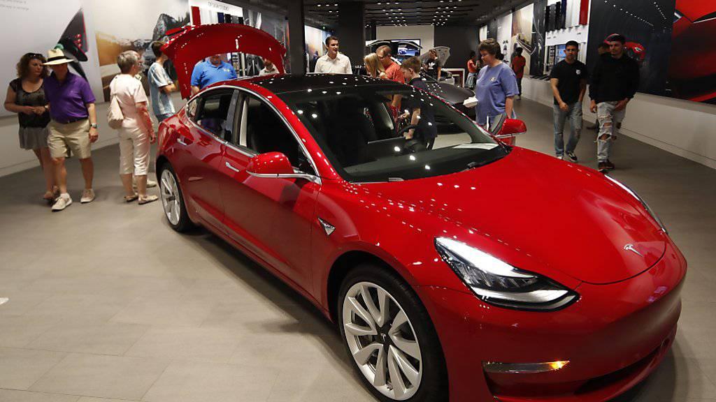 Tesla präsentiert Model Y im März