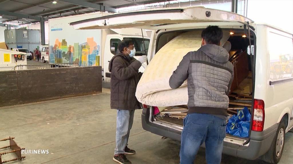 Corona-Krise verleitet zum Frühlingsputz: Warteschlangen vor Entsorgungsstellen