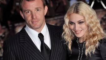 Madonna und Guy Ritchie 2008 kurz vor ihrer Trennung. Mittlerweile ist auch endlich der Sorgerechtsstreit um Sohn Rocco beigelegt. (Archivbild)