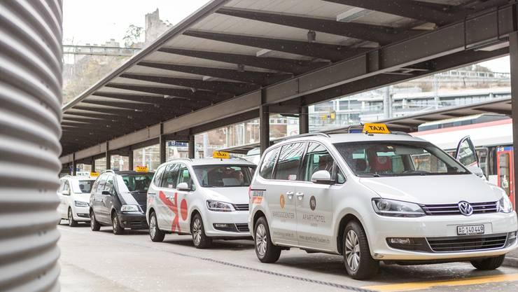 Wer darf in Baden Taxidienste anbieten und wer nicht? Um diese Frage schlüssig zu klären, muss der Stadtrat jetzt noch einmal über die Bücher.