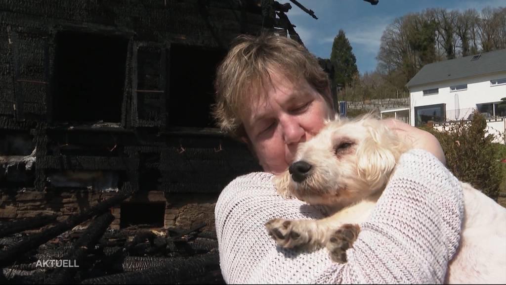 Ein Tag nach Bauernhaus-Brand in Brittnau: So geht es der Betroffenen heute