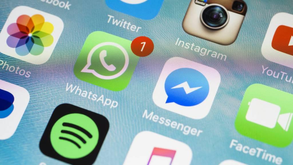 Durch Klassenchats sammeln Social-Media-Inhaber viele persönliche Informationen.