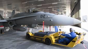 Die Einsatzbereitschaft der F/A-18-Flotte der Schweizer Luftwaffe war nicht beeinträchtigt, obwohl im Februar an einem Jet ein Riss festgestellt worden war. (Archivbild)