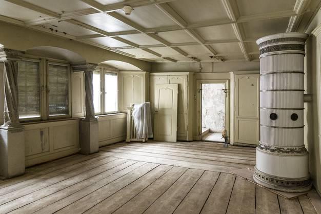 Das Hesse-Zimmer hat die Sanierung noch vor sich.