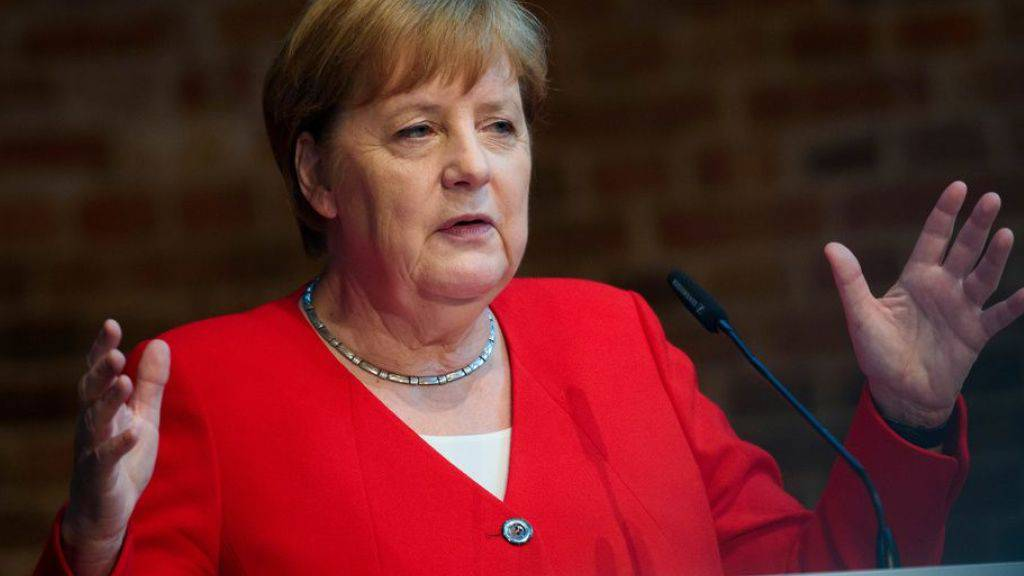 In ihrer wöchentlichen Videobotschaft rief die deutsche Bundeskanzlerin Angela Merkel die Deutschen zum Eintreten gegen Rechtsextremismus auf. (Archivbild)