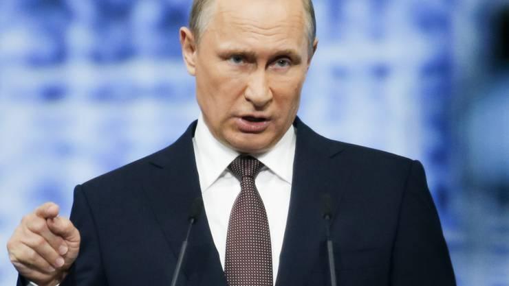 Wladimir Putin kritisiert Ausschluss russischer Athleten (Archivbild)