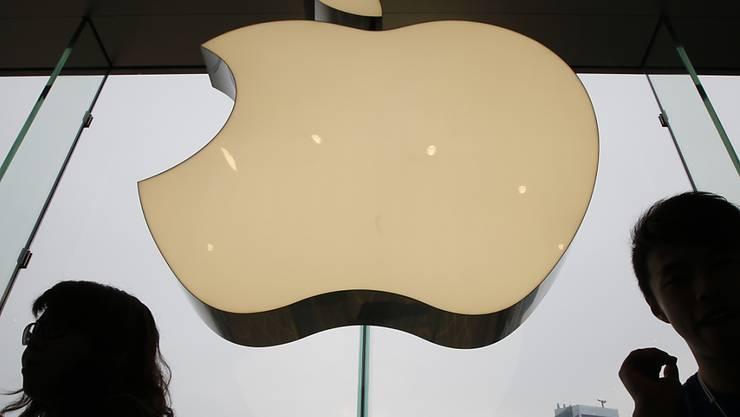 So wertvoll wie kein anderes Emblem: Die Marke des US-Technologiekonzerns Apple ist laut einer Marktforschungsfirma gut 234 Milliarden Dollar wert. (Symbolbild)