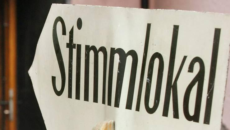 Im Aargau stehen am Sonntag auch mehrere Wahlen und Abstimmungen auf Gemeindeebene an.