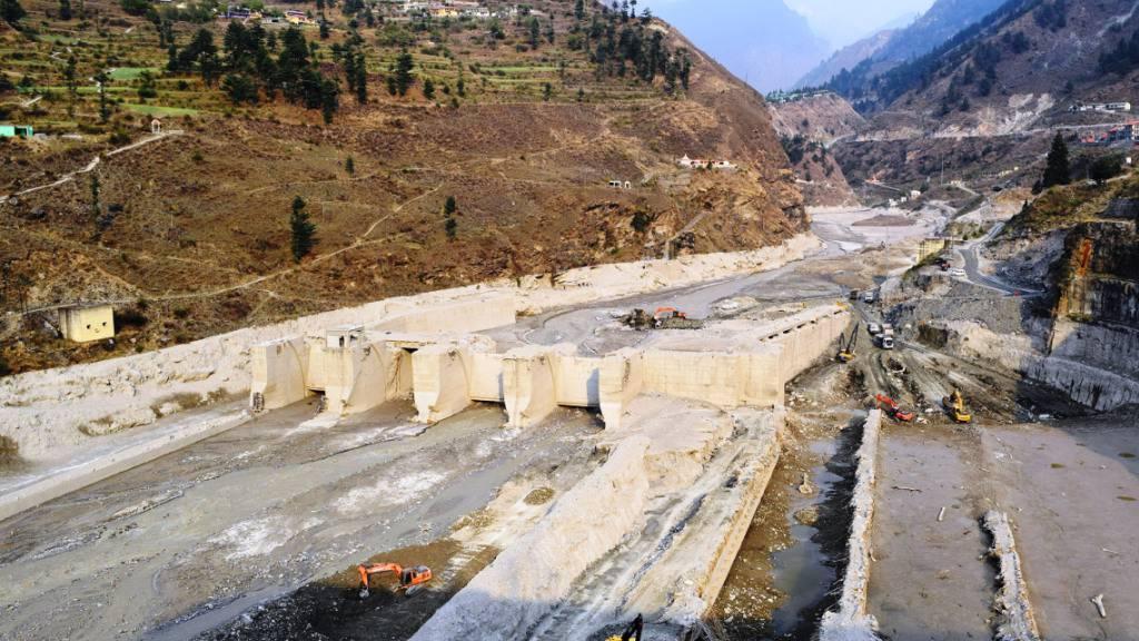 Ein schwer beschädigtes Wasserkraftwerk nach der verheerenden Naturkatastrophe am 7. Februar 2021. Die Schlammlawine zerstörte nicht nur Infrastruktur, sondern kostete auch hunderten Menschen das Leben. (Handout Science)
