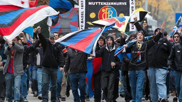 Im Brügglifeld sind heute 1500 Plätze für die Basel-Fans reserviert. Doch aus Basler Kreisen gibt es Gerüchte, dass doppelt so viele nach Aarau reisen. (Archiv)