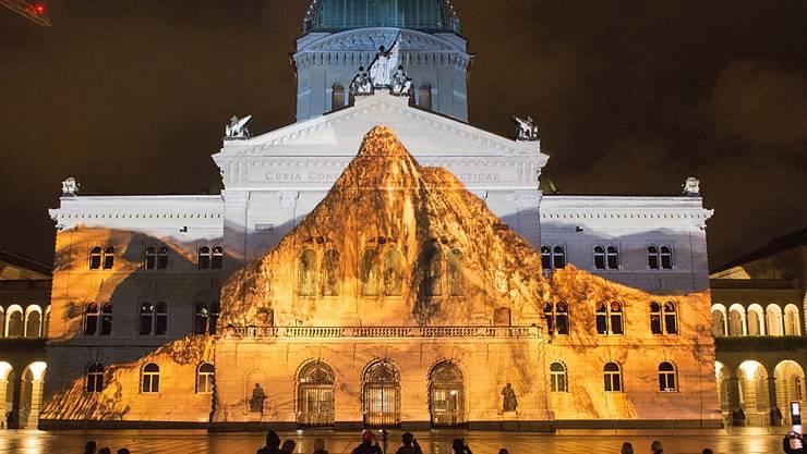 """Die neueste Ausgabe von Rendez-Vous Bundesplatz nennt sich """"Juwel der Berge""""."""