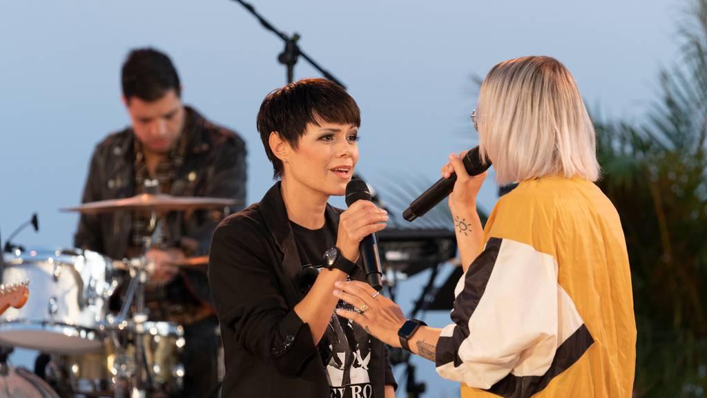 Stefanie und Francine singen «Mother's Heart»
