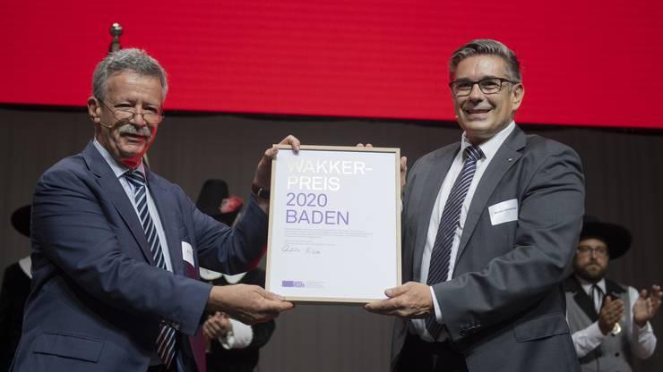 Wakkerpreis-Übergabe: Heimatschutz-Präsident Martin Killias mit Badens Stadtammann Markus Schneider