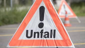 Nach einem Unfall auf der A1 kam es zur Verkehrsüberlastung. (Symbolbild)