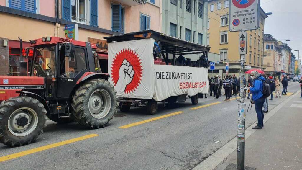 Unbewilligte 1.-Mai-Demos in Bern und Zürich