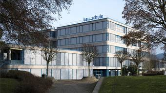 Hier beim Bildungszentrum Unterentfelden ist der Neubau geplant.