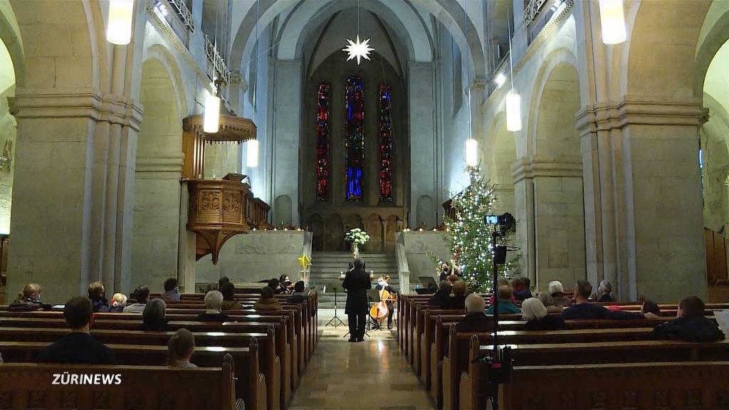 Gottesdienst-Marathon im Grossmünster wegen Besucherlimit