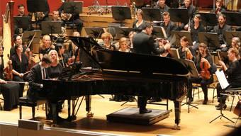 Die Basel Sinfonietta wurde am Eröffnungsabend des Festivals von Naturgewalten getrieben.