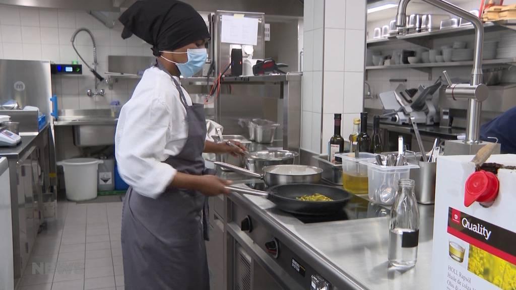"""Ein Jahr """"Hallers Brasserie"""": Erfolgreicher Start in schwierigen Zeiten"""