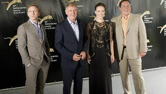 Daniel Craig, Harrison Ford, Olivia Wild und Jon Favreau (v.l.n.r.)