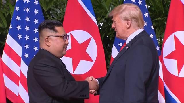 Historischer Handschlag zwischen Trump und Kim
