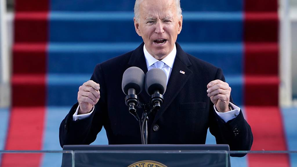 Der neue US-Präsident Joe Biden spricht während seiner Amtseinführung am US-Kapitol in Washington. Foto: Patrick Semansky/AP Pool/dpa