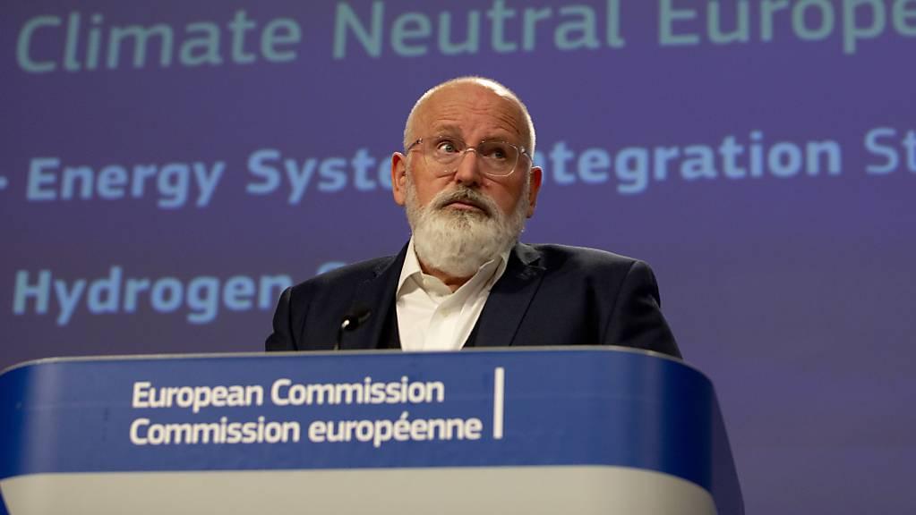 EU-Kommissionsvizepräsident Frans Timmermans hat am Mittwoch in Brüssel die Wasserstoff-Strategie der EU-Kommission vorgestellt. Sie will die EU zu einem Vorreiter beim Einsatz von Wasserstoff als Energieträger machen.