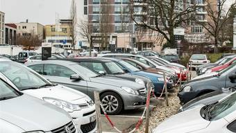 Ein neues Parkhaus und einen rundum erneuerten Behandlungstrakt benötigt das Kantonsspital Liestal in jedem Fall, sagt die Regierung. Nicole Nars-Zimmer